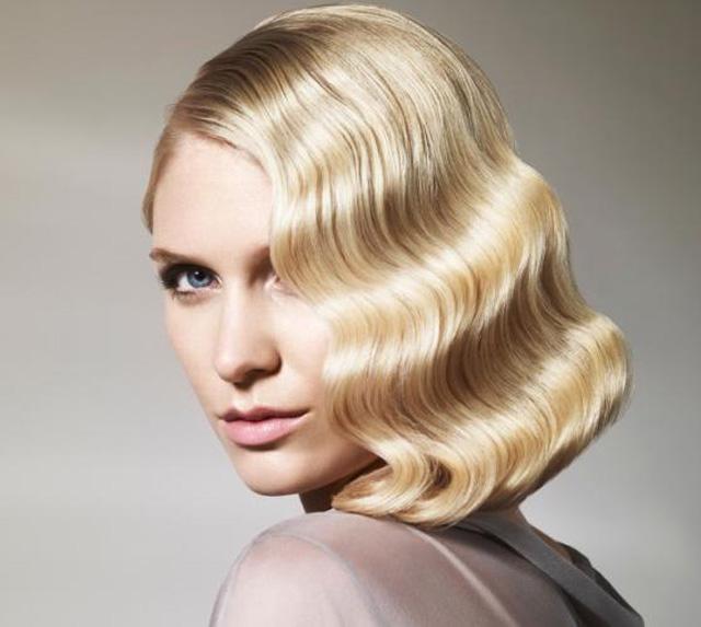 голливудские волны на средних волосах