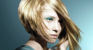 Модная прическа для коротких волос